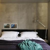Maskulin lägenhet med betong och spännande detaljer