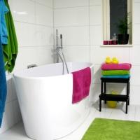 Fredagsfrågor - Vitt badrum