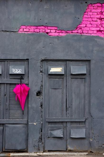 exterior-pink